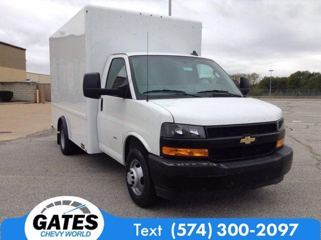 2020 Chevrolet Express 3500 4x2, Cutaway Van #M6741 - photo 3