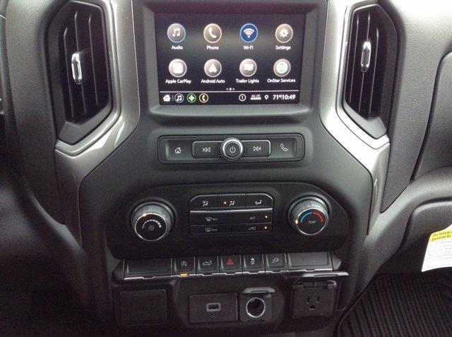 2020 Chevrolet Silverado 1500 Crew Cab 4x4, Pickup #M6949 - photo 4