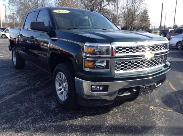 2014 Chevrolet Silverado 1500 Crew Cab 4x4, Pickup #M6949A - photo 1