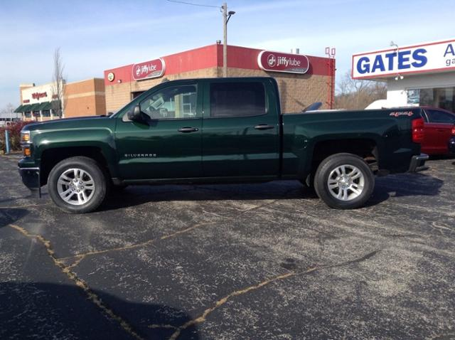 2014 Chevrolet Silverado 1500 Crew Cab 4x4, Pickup #M6949A - photo 5