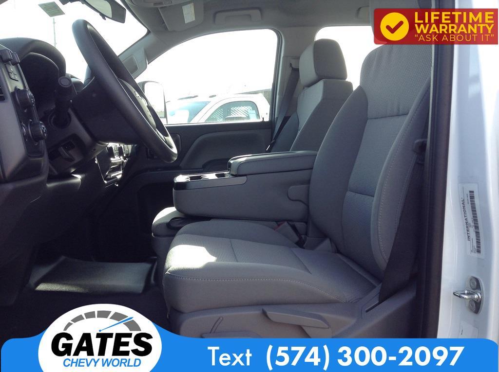 2020 Chevrolet Silverado 4500 Crew Cab DRW 4x4, Cab Chassis #M7004 - photo 5