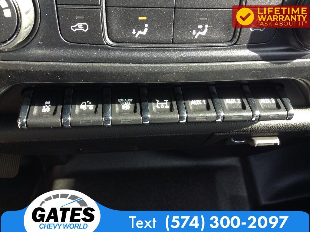 2020 Chevrolet Silverado 4500 Crew Cab DRW 4x4, Cab Chassis #M7004 - photo 9