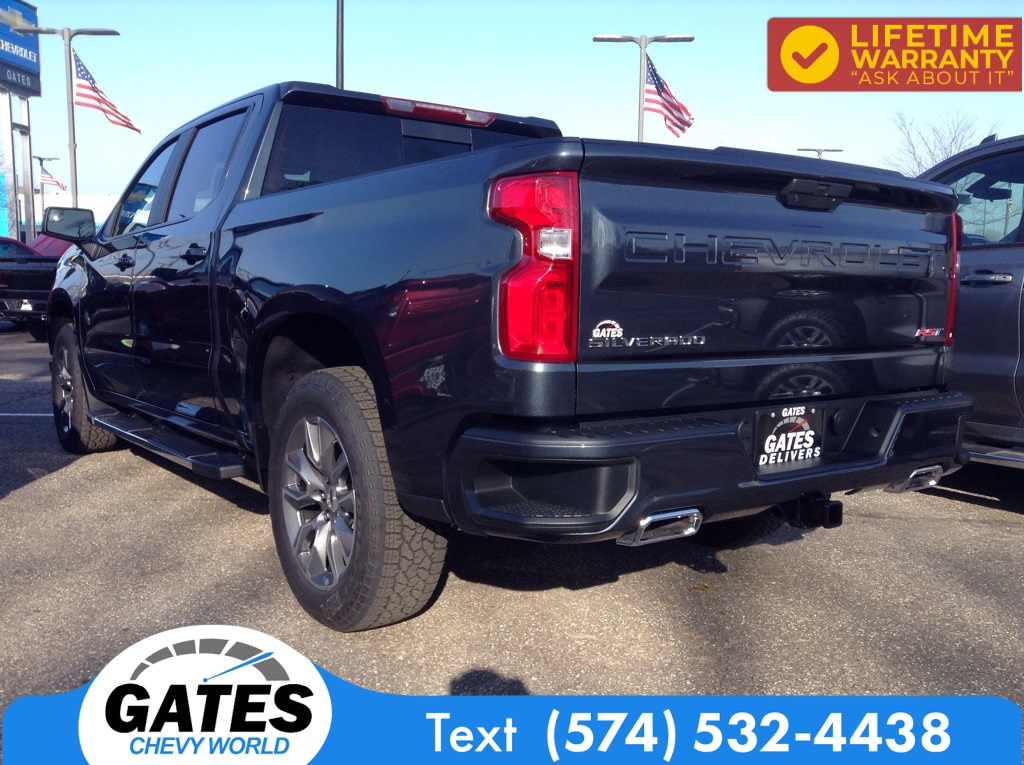 2021 Chevrolet Silverado 1500 Crew Cab 4x4, Pickup #M7105 - photo 1
