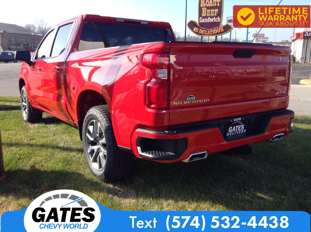 2021 Chevrolet Silverado 1500 Crew Cab 4x4, Pickup #M7109 - photo 1