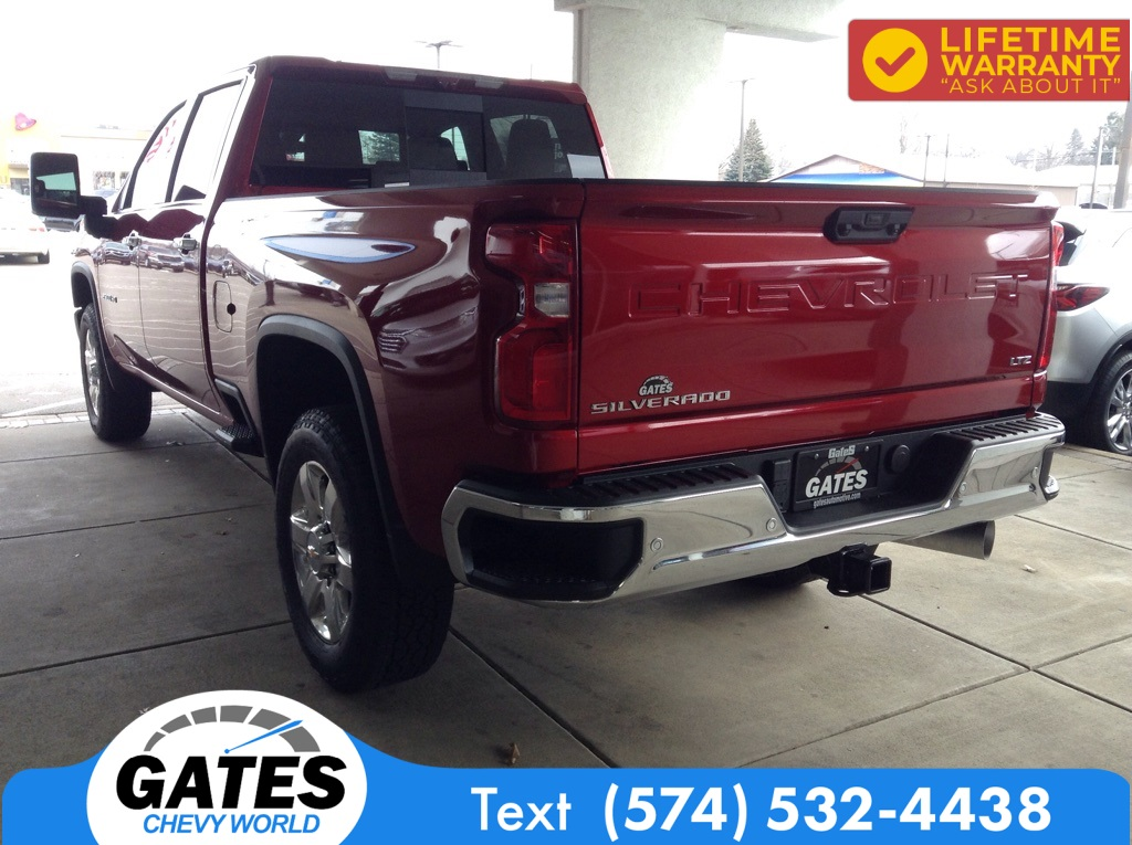 2021 Chevrolet Silverado 2500 Crew Cab 4x4, Pickup #M7229 - photo 1