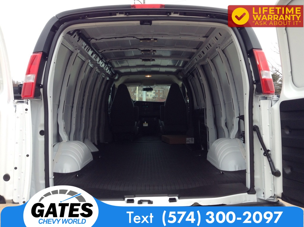 2021 Chevrolet Express 2500 4x2, Empty Cargo Van #M7233 - photo 1