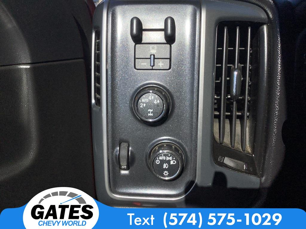 2014 Chevrolet Silverado 1500 Crew Cab 4x4, Pickup #M7496A - photo 11