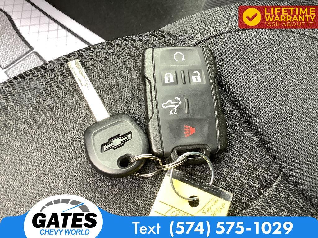 2019 Chevrolet Silverado 1500 Crew Cab 4x4, Pickup #M7523A - photo 14
