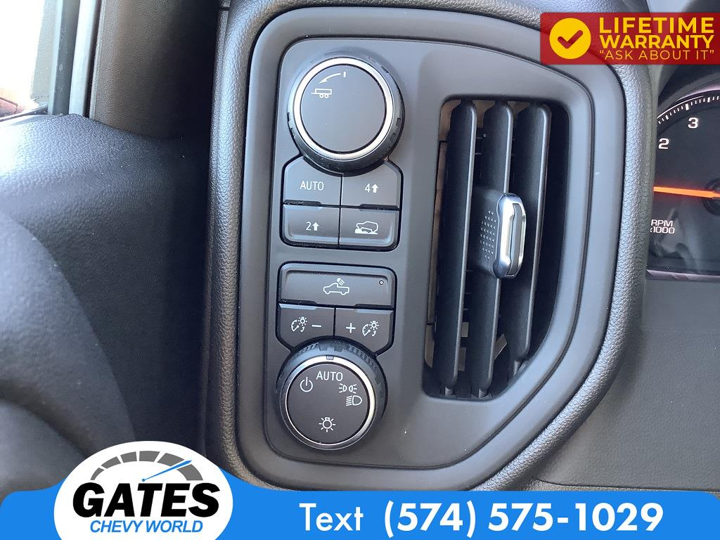 2021 Chevrolet Silverado 1500 Crew Cab 4x4, Pickup #M7602A - photo 10
