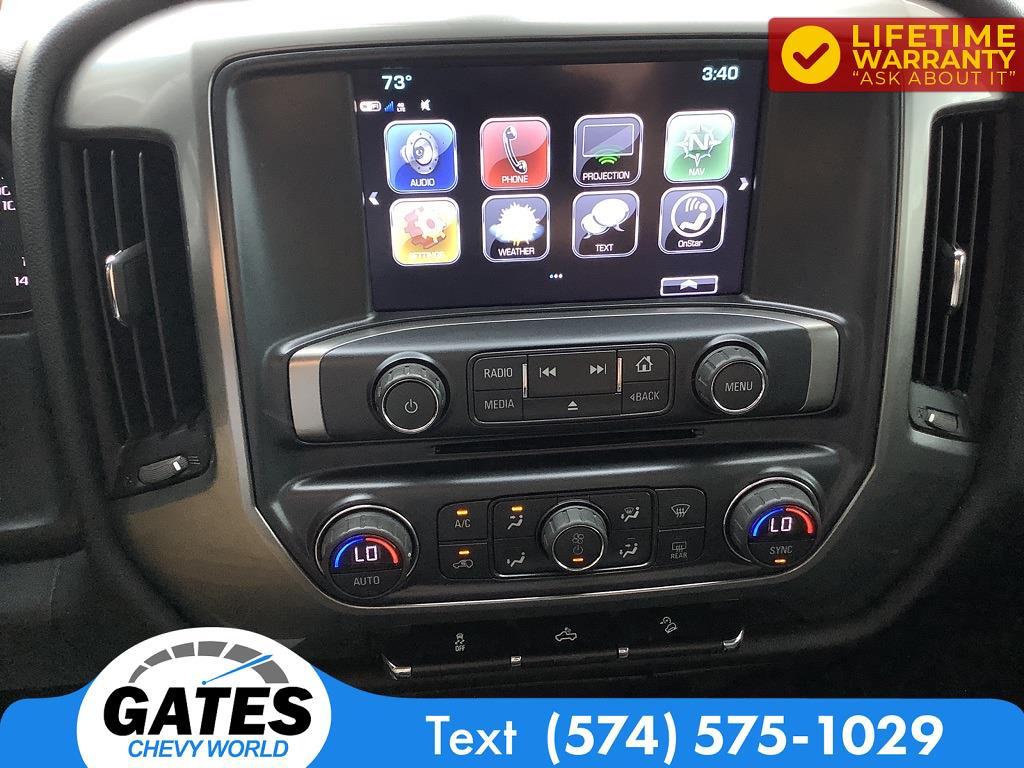 2018 Chevrolet Silverado 1500 Crew Cab 4x4, Pickup #M7637A - photo 3