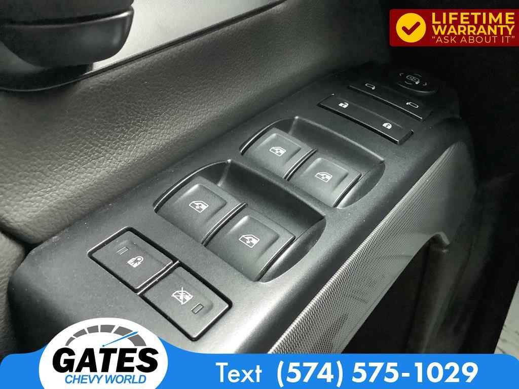 2018 Chevrolet Silverado 1500 Crew Cab 4x4, Pickup #M7637A - photo 9