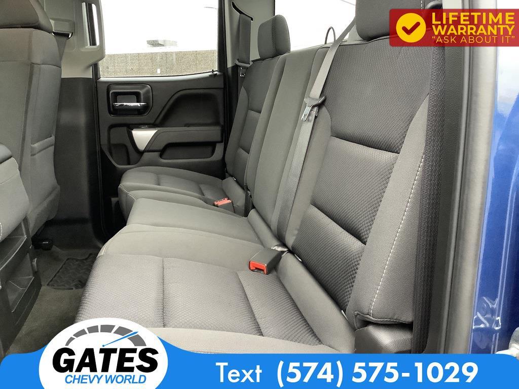 2017 Chevrolet Silverado 1500 Double Cab 4x4, Pickup #M7640B - photo 21