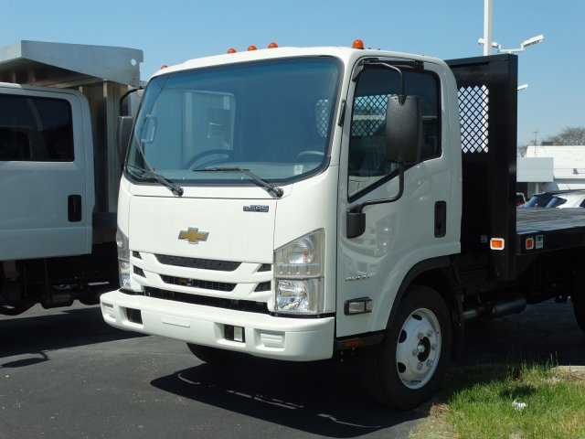 2018 LCF 4500 Regular Cab 4x2,  Knapheide Platform Body #1423 - photo 3