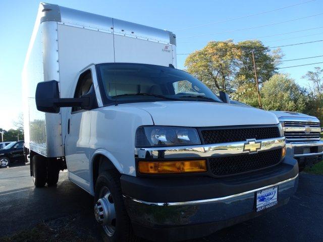 2018 Express 3500 4x2,  Supreme Cutaway Van #65652 - photo 4