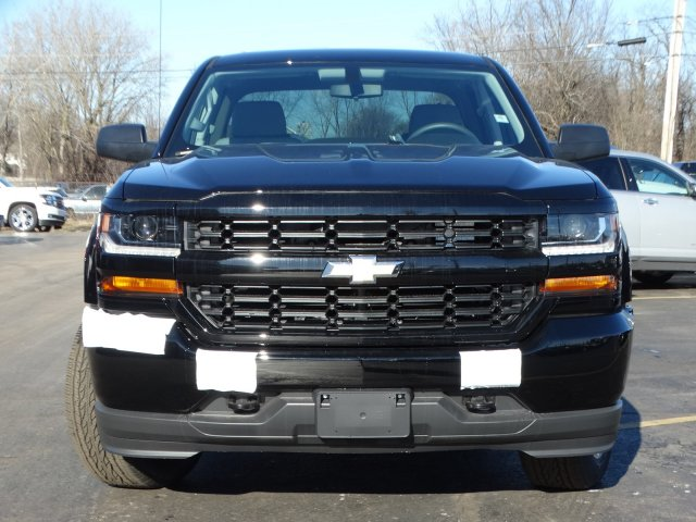 2018 Silverado 1500 Crew Cab 4x4,  Pickup #65766 - photo 4
