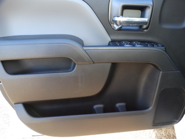 2019 Silverado 3500 Crew Cab 4x2,  Pickup #66271 - photo 11