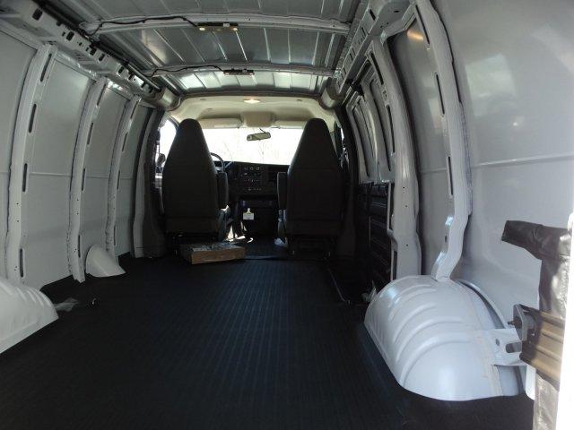 2019 Express 2500 4x2,  Empty Cargo Van #66477 - photo 2