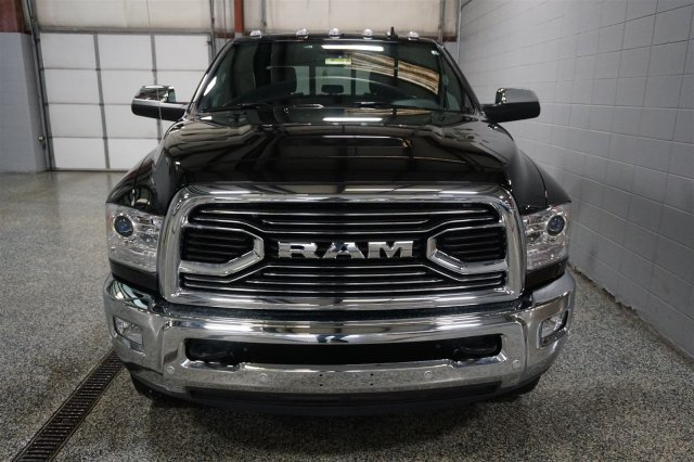 2018 Ram 3500 Crew Cab DRW 4x4, Pickup #D182209 - photo 3