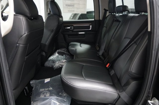 2018 Ram 2500 Crew Cab 4x4, Pickup #D182224 - photo 12