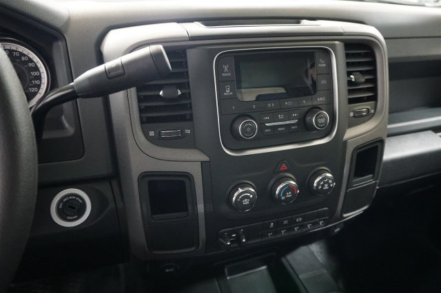 2018 Ram 3500 Regular Cab DRW 4x4, Cab Chassis #D182238 - photo 16