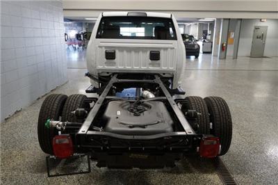 2018 Ram 3500 Regular Cab DRW 4x4, Cab Chassis #D182238 - photo 7