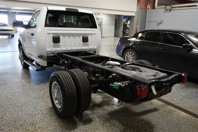 2018 Ram 3500 Regular Cab DRW 4x4, Cab Chassis #D182262 - photo 6
