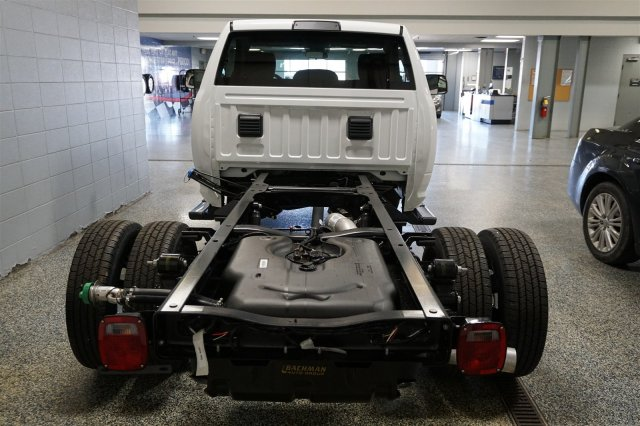 2018 Ram 3500 Regular Cab DRW 4x4, Cab Chassis #D182262 - photo 7