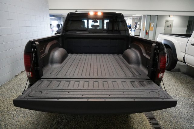 2018 Ram 1500 Crew Cab 4x4,  Pickup #D182302 - photo 19