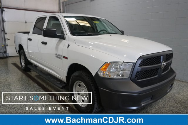 2018 Ram 1500 Crew Cab 4x4,  Pickup #D182437 - photo 1
