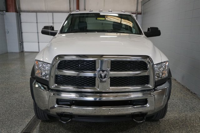 2018 Ram 5500 Regular Cab DRW 4x4,  Cab Chassis #D182580 - photo 3