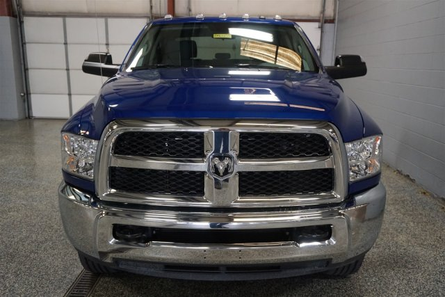 2018 Ram 2500 Crew Cab 4x4,  Pickup #D182654 - photo 3