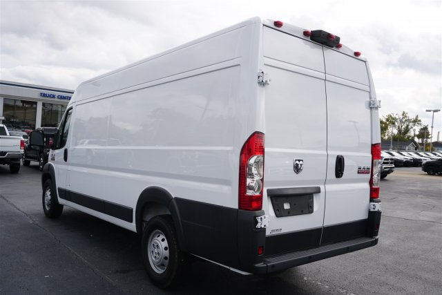 2018 ProMaster 3500 High Roof FWD,  Empty Cargo Van #D182716 - photo 5