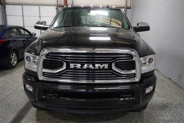 2018 Ram 3500 Crew Cab DRW 4x4,  Pickup #D182719 - photo 3