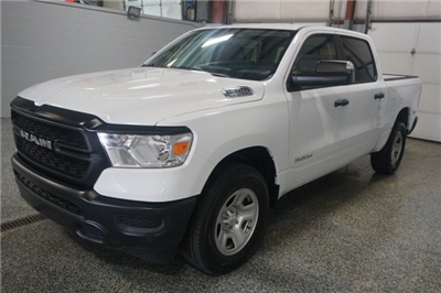 2019 Ram 1500 Crew Cab 4x4,  Pickup #D190024 - photo 4