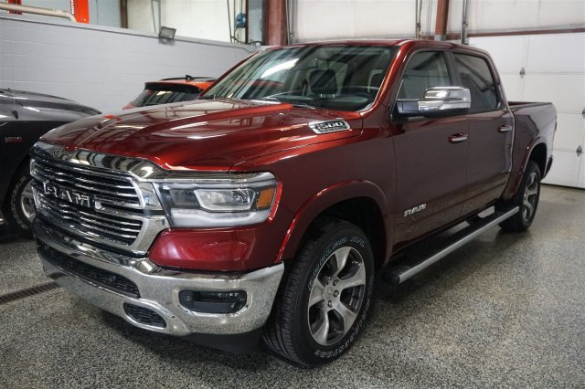 2019 Ram 1500 Crew Cab 4x4,  Pickup #D190105 - photo 4