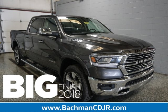 2019 Ram 1500 Crew Cab 4x4,  Pickup #D190131 - photo 1