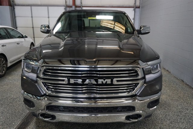 2019 Ram 1500 Crew Cab 4x4,  Pickup #D190131 - photo 3