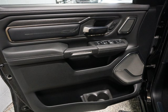 2019 Ram 1500 Crew Cab 4x4,  Pickup #D190152 - photo 8