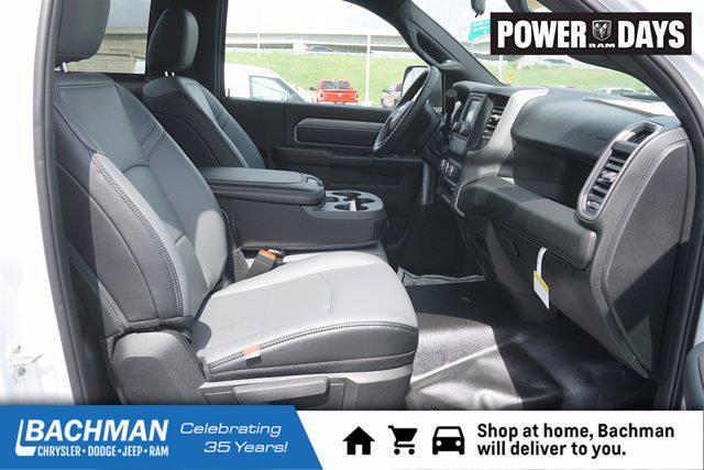 2021 Ram 5500 Regular Cab DRW 4x4,  Cab Chassis #D210496 - photo 22