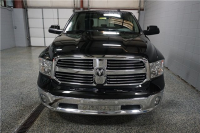 2018 Ram 1500 Crew Cab 4x4, Pickup #FD182023 - photo 3