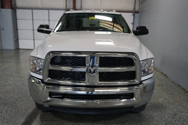 2018 Ram 2500 Crew Cab 4x4, Pickup #FD182102 - photo 3