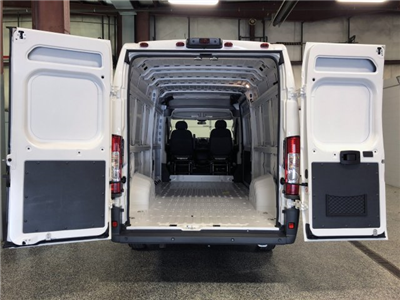 2018 ProMaster 3500, Cargo Van #FD182142 - photo 2