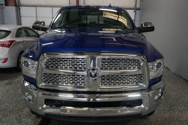 2018 Ram 2500 Crew Cab 4x4, Pickup #FD182164 - photo 3