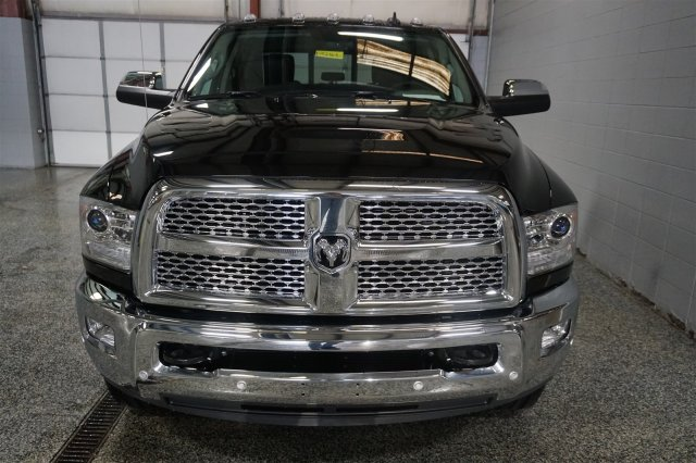 2018 Ram 2500 Crew Cab 4x4, Pickup #FD182168 - photo 3