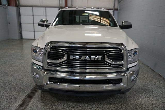 2018 Ram 3500 Crew Cab DRW 4x4, Pickup #FD182198 - photo 3