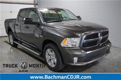 2017 Ram 1500 Crew Cab 4x4, Pickup #FD580837 - photo 1