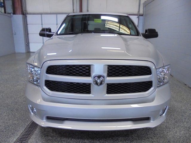 2017 Ram 1500 Crew Cab 4x4,  Pickup #FD580857 - photo 3