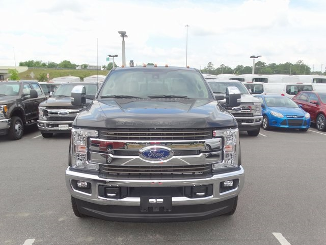2017 F-350 Crew Cab DRW 4x4, Pickup #HED39238 - photo 3