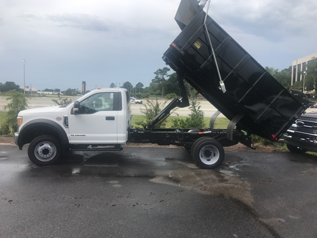 2017 F-550 Regular Cab DRW, Landscape Dump #HED46587 - photo 2