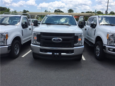 2017 F-350 Crew Cab DRW 4x4, Pickup #HED63925 - photo 3